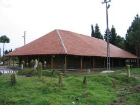 Göceli (Mezarlık) Camii